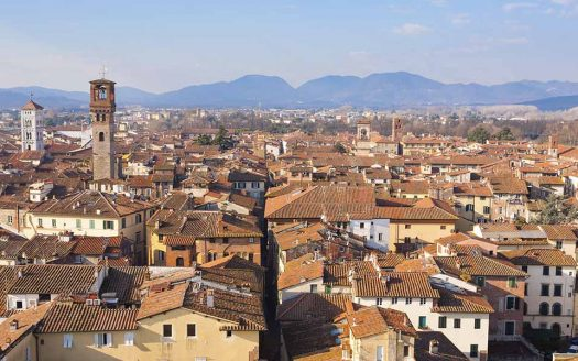 Proponiamo in vendita due interessanti strutture 4 stelle site in provincia di Lucca – Rif. H120620LU