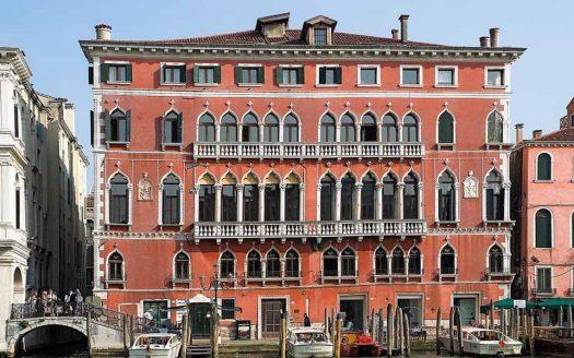 Residenza nobiliare nel centro storico di Venezia – Rif. R150120VE